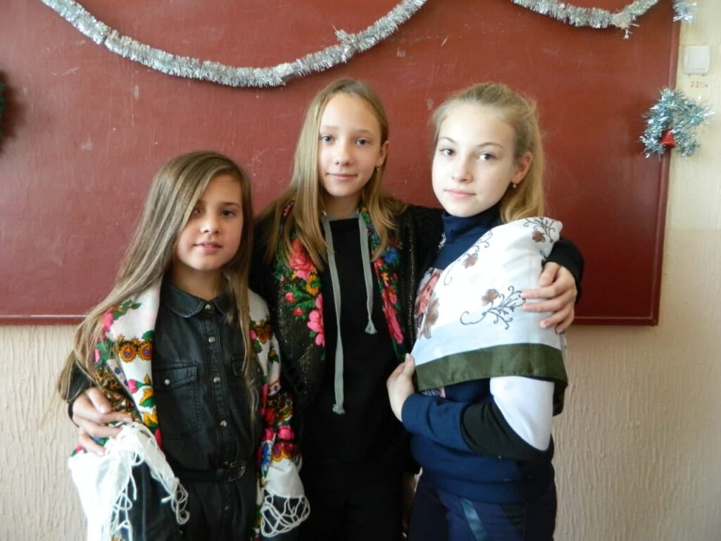 Флешмоб до Дня української хустки